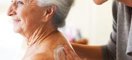 Cómo realizar la higiene corporal asistida de personas dependientes y mayores